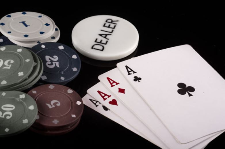 Picture of cards nad poker chips